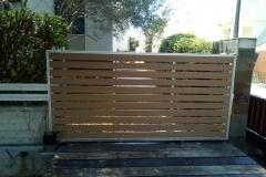 Συρόμενη Πόρτα Αλουμινίου με Επένδυση PVC -  DECK.